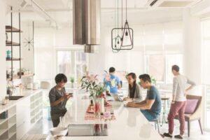 TP.HCM ngày càng thiếu hụt nguồn cung mặt bằng văn phòng và tình trạng này có thể tiếp tục trong hai năm tới. Ảnh: Forbes Việt Nam.