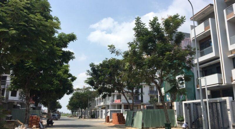 Cho thuê căn nhà phố diện tích 100m2 khu đô thị Vạn Phúc City phường Hiệp Bình Phước quận Thủ Đức.