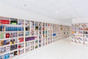 Thư viện cộng đồng khu căn hộ Sunview Town ở đường Gò Dưa, phường Hiệp Bình Phước, quận Thủ Đức.