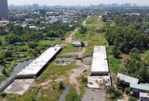 Đoạn từ đường Phạm Văn Đồng đến nút giao Gò Dưa dự án Vành đai 2 chưa thể hoàn thành sau 3 năm khởi công, ngày 28/11.